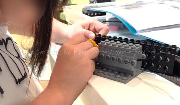 【レビュー】ヒューマンアカデミーロボット教室の体験授業に小学2年生の女の子が参加してきました!